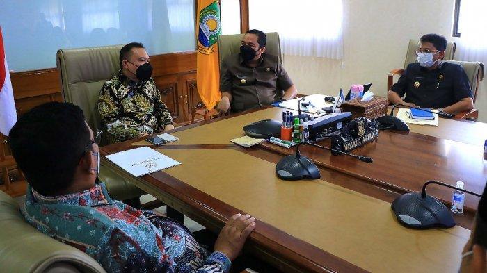 Terima Kunjungan Anggota DPR RI Wali Kota Tangerang Curhat Soal Kelangsungan Persikota
