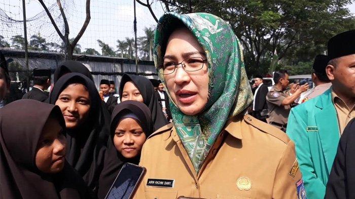 Fokus Selesaikan Doktoral Usai Pensiun Wali Kota, Airin Ogah Tanggapi Jabatan Menteri dan Gubernur