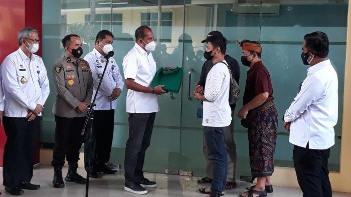 Wamenkumham Serahkan Jenazah Korban Lapas Tangerang yang Teridentifikasi ke Pihak Keluarga