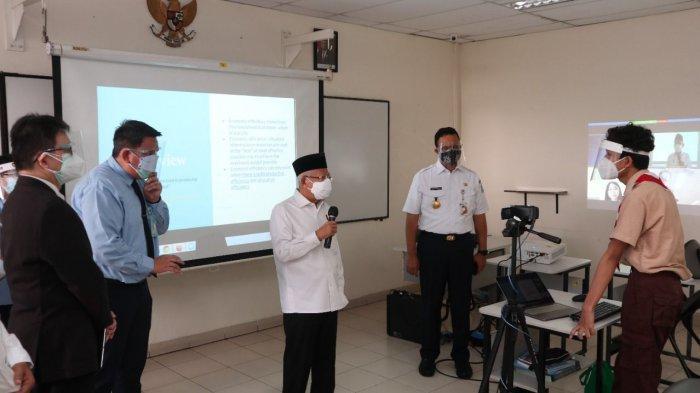 Tinjau PTM Terbatas, Wapres Ma'ruf Amin Disambut Antusias Siswa-Siswi Penabur International School