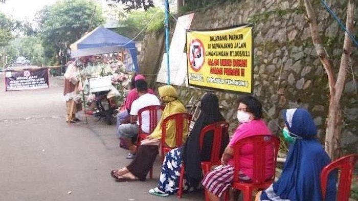 Kisah Viral Pembeli Sayur Pedagang Keliling di Depok Terapkan Jaga Jarak, Semua Antre Duduk di Kursi