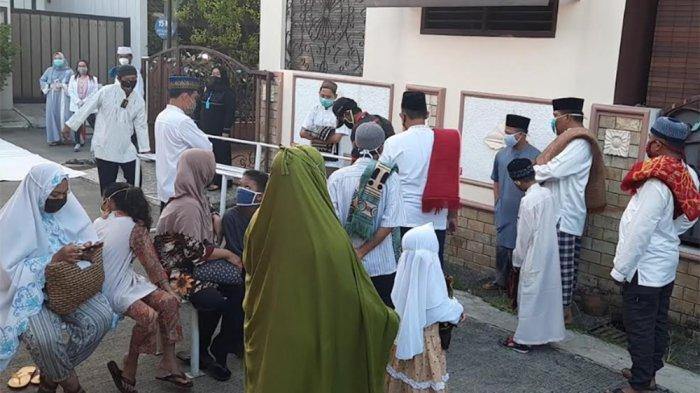 Gara-gara Belum Rapid Test, Warga Bekasi Ini Kecewa Batal Salat Idulfitri Berjemaah di Masjid