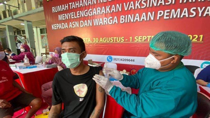 1.953 Warga Binaan Rutan Salemba, Jakarta Pusat Suntik Vaksinasi Covid-19 Dosis Kedua