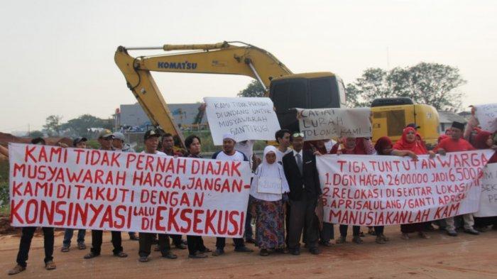 Warga Geruduk Kecamatan Benda, Keluhkan Ganti Rugi Pembangunan Tol Kunciran Cuma Rp2,6 Juta/Meter