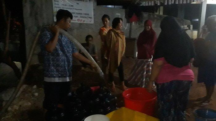 Pengiriman Bantuan Air Bersih untuk Warga Jakarta Timur Mengalami Keterlambatan