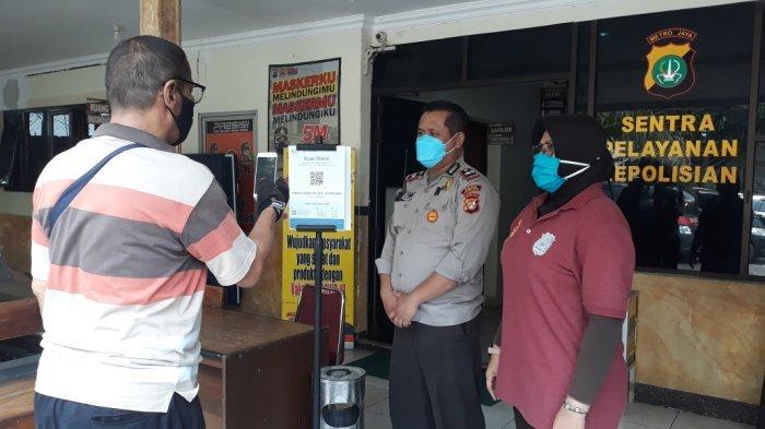 Buat Laporan Polisi dan SKCK di Polsek Jatinegara Wajib Scan Barcode PeduliLindungi