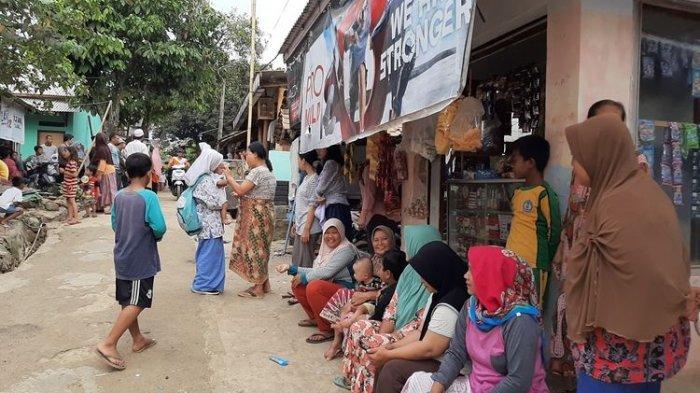 Saat Beli Pulsa, Warga Masuk Kontrakan Penusuk Wiranto & Temukan Benda Ini 'Itu Punya Abi'
