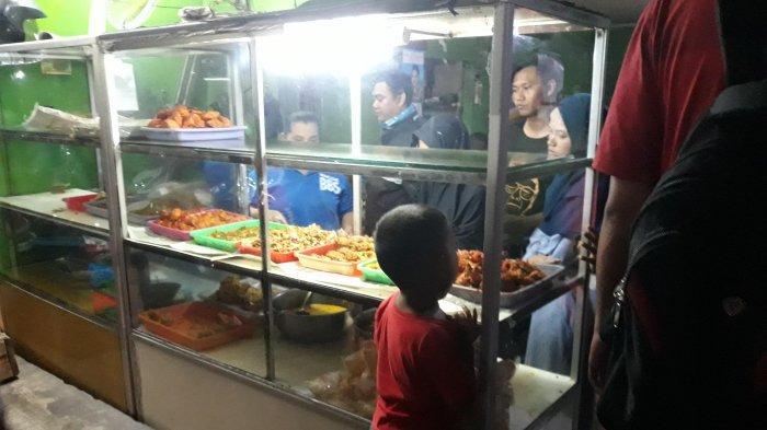 3 Warung Makan Melegenda Tempat Favorit Mahasiswa Uin Jakarta Porsi Besar Harga Murah Tribun Jakarta