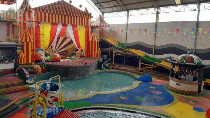 Liburan di Kedai Kupi ABI, Minum Sepuasanya hingga Kolam Renang dengan Konsep Badut di Kota Bekasi