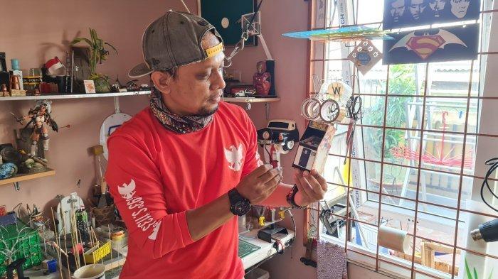 Cerita Wahyudi Pembuat Miniatur Diorama Action Figure Diburu Deadline: Mau Cepat, Ada Harga