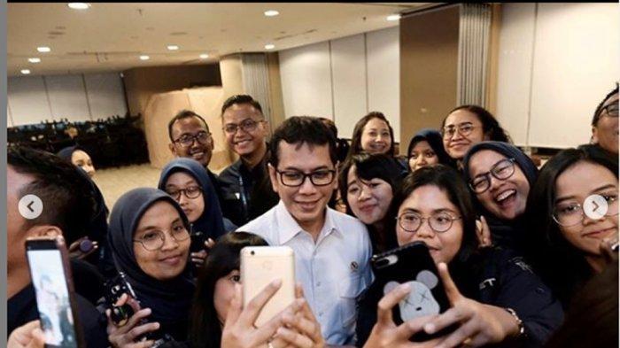 Jadi Menparekraf, Intip Momen Wishnutama Pamitan dengan Karyawan NET TV: Terima Kasih Kerja Kerasnya