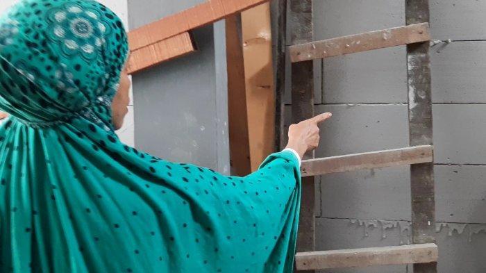 Pembangunan Sekolah Tutup Akses Rumah Berisi 6 KK, Diduga Ada Kejanggalan Soal IMB