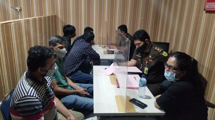 Pengadilan Negeri Tangerang Vonis 7 WNA India yang Kabur Karantina Cuma 5 Bulan Penjara
