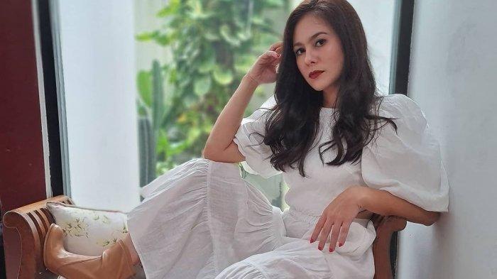 Lika-liku Asmara Wulan Guritno dan Adilla Dimitri, Jauh dari Gosip Kini Gugat Cerai