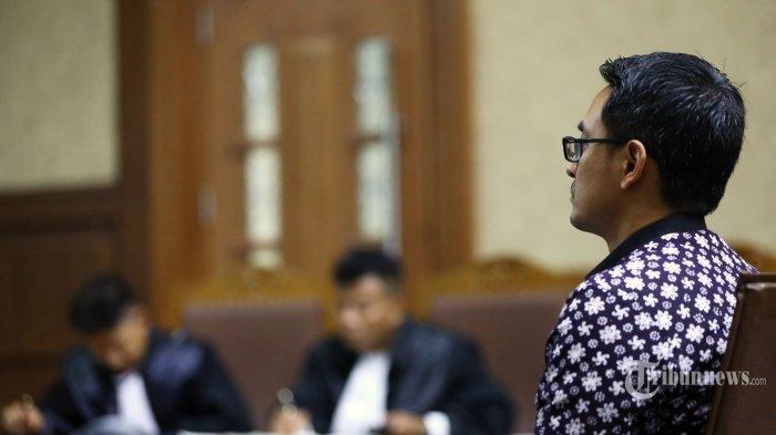 Zumi Zola Digugat Cerai Istri saat Masih di Bui, Ayu Dewi Bahagia Rayakan Ultah Pernikahan ke-8