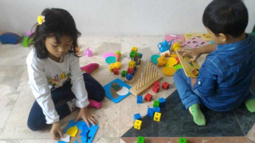 anak-anak-yang-sedang-bermain-di-tpa-negeri-yos-sudarso.jpg