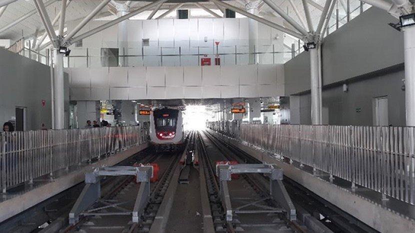 stasiun-lrt-velodrome-rawamangun-jakarta-timur-kamis-1172019.jpg