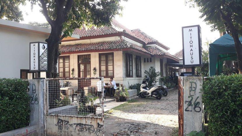 Kafe Mitohausu Padukan Gaya Rumah Belanda Dan Minimalis Serasa Nongkrong Di Bandung Tempo Dulu Tribun Jakarta