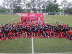 100-kiper-muda-indonesia-mengikuti-acara-goal-keeper-gk-training-camp-bersama-andritany.jpg
