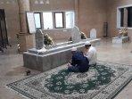 2-peziarah-di-makam-habib-abdurrahman-bin-abdullah-al-habsyi.jpg
