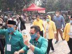 airin-rachmi-diany-memimpin-long-march-benyamin-davnie-dan-pilar-saga-ichsan.jpg