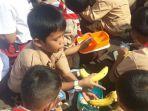 anak-anak-murid-sd-negeri-di-kelurahan-palme.jpg