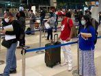 antrean-penumpang-di-terminal-3-bandara-soekarno-hatta-di-tengah-pandemi-covid-19-1.jpg