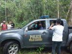 aparat-polsek-haruku-menangkap-pelajar-di-hutan.jpg