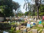 area-pemakaman-kampung-mangga-koja-jakarta-utara.jpg