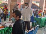 arief-r-wismansyah-pantau-vaksinasi-jumat-2562021.jpg