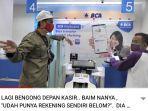 baim-wong-dan-pak-acang-bertemu-di-bank.jpg