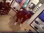 baim-wong-mencoba-sepatu-barunya.jpg
