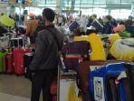 bandara-soekarno-hatta-dipadati-jamaah-umrah-1.jpg