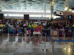 bandara-soekarno-hatta-dipadati-jamaah-umrah.jpg