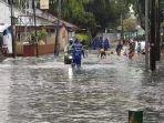 banjir-di-jalan-bojana-tirta-kecamatan-pulogadung-jakarta-timur-kamis-1822021.jpg