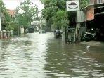 banjir-di-rawa-terate-cakung.jpg