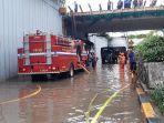 banjir-di-underpass-senen-jakarta-pusat-mulai-surut.jpg