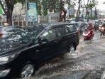 banjir-mengenangi-jalan-ir-h-juanda-bekasi-timur-sabtu.jpg