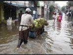 banjir-rendam-kawasan-rw-01-dan-rw-021-kelurahan-pluit-penjaringan.jpg