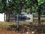 banjir-rob-merendam-kompleks-perumahan-di-jalan-pantai-mutiara-pluit-penjaringan.jpg