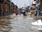 banjir-rob-merendam-permukiman-warga-di-kawasan-muara-angke-selasa-20102020.jpg