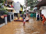 banjir-yang-merendam-permukiman-warga-di-kawasan-pejaten-timur-pasar-minggu.jpg