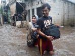 banjir-yang-merendam-permukiman-warga-rw-04-1622020.jpg