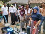 bantuan-air-bersih-di-kampung-koceak.jpg