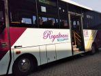 bus-premium-royaltrans_20180320_165349.jpg