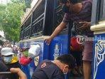 bus-tayo-angkut-warga-positif-covid-19-1.jpg