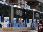 bus-transjakarta_20180302_090343.jpg
