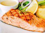 daging-ikan-salmon_20180919_180636.jpg