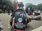 demonstran-mendukung-palestina-terbebas-dari-pen-jakarta-pusat-selasa-1852021.jpg