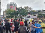 demonstrasi-oleh-massa-buruh-dan-mahasiswa-di-kawasan-monas-kamis-28102021.jpg
